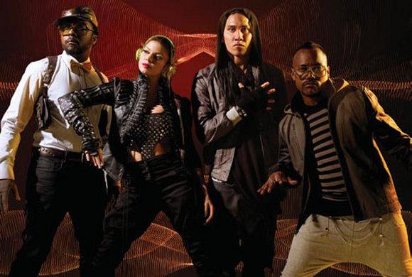 Foto da divulgação do cd novo deles 'the E.N.D.'