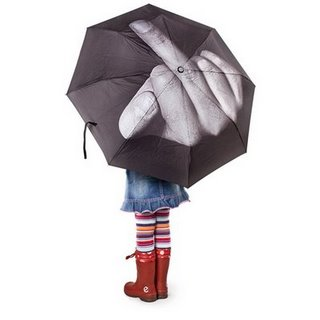 Guarda-chuva praqueles que tem que enfrentar a chuva de verdade, e sabem como é uoh ficar todo ensopado!
